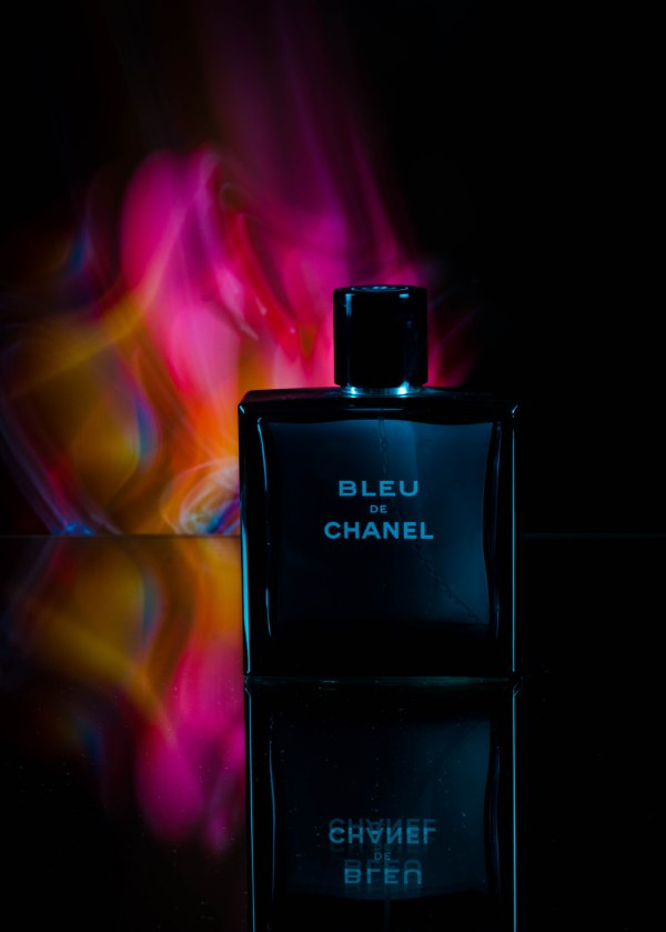 light painting product photography chanel